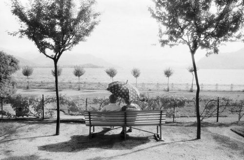 "Couple, Stresa, Italy Archival Inkjet Print 17 X 22"", Edition Of 25 (other Sizes Available)"